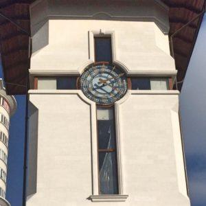 Установка фасадных башенных часов цена